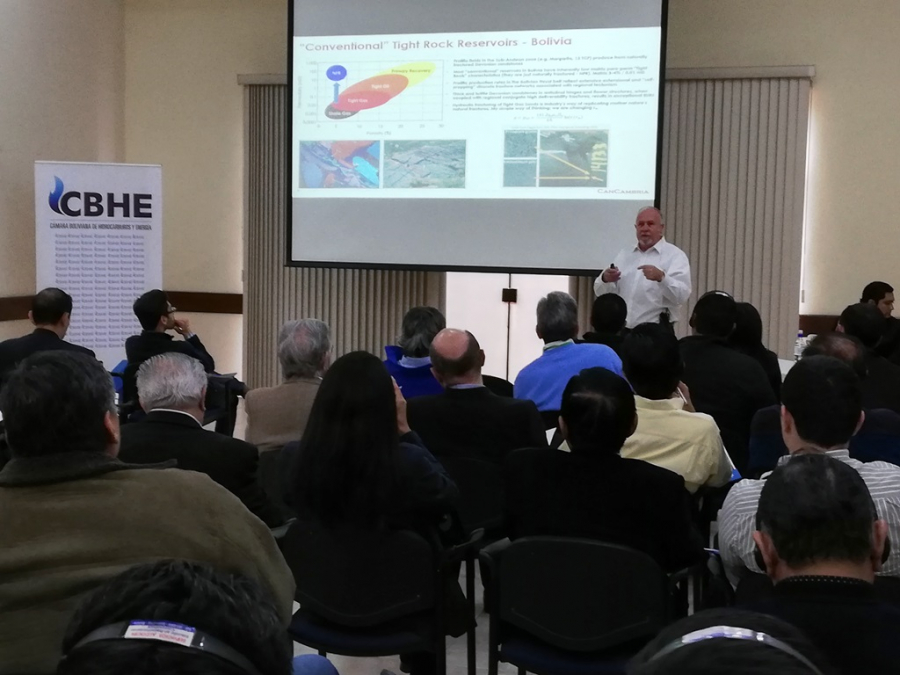 CONFERENCIA SOBRE TIGHT GAS SE REALIZÓ EN LA CBHE