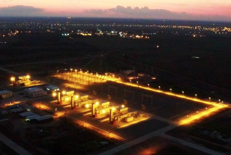 Presidente inaugura Termoeléctrica de Warnes que aportará 200 megavatios al SIN