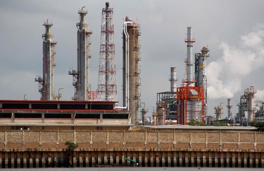 Tres consultoras internacionales analizarán futuro de precios del petróleo