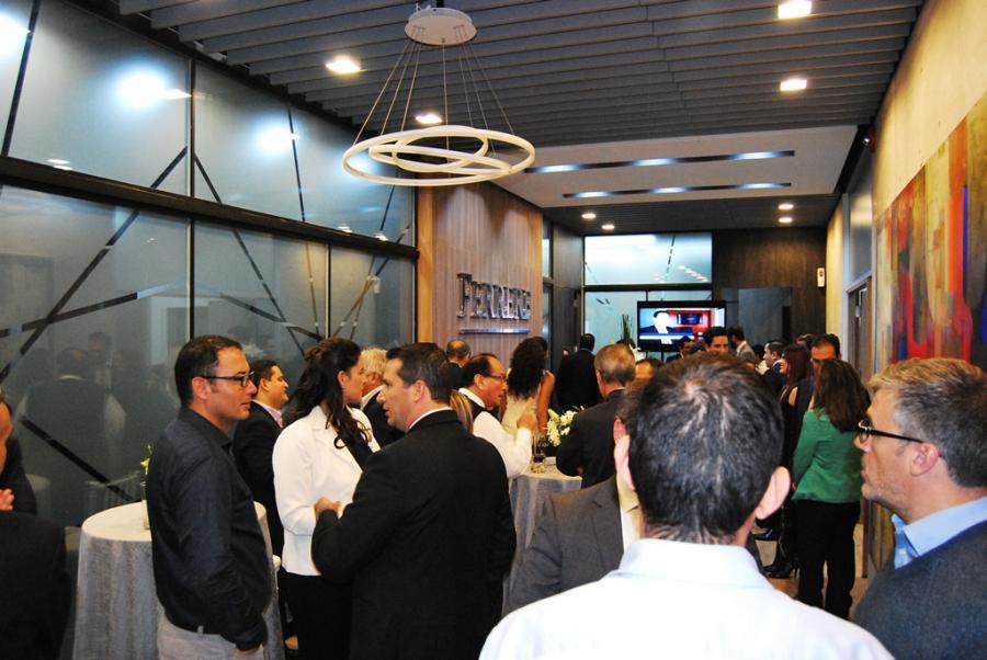 Ferrere inaugura oficinas en centro empresarial cruceño