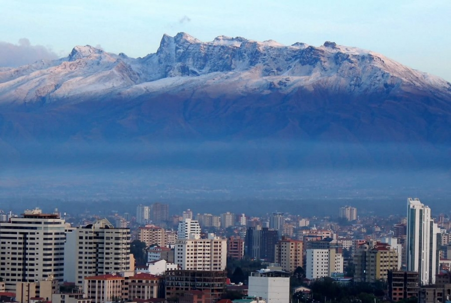 Cochabamba: Gas natural y transporte apuntalan crecimiento económico y social